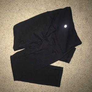 Black size 2 Lululemon crop leggings